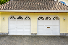 Roslyn Garage Door And Opener Roslyn, NY 516-880-9986